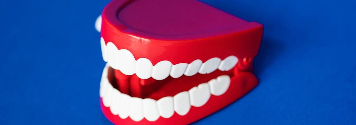 gout amer dans le bouche soin dentaire dentego