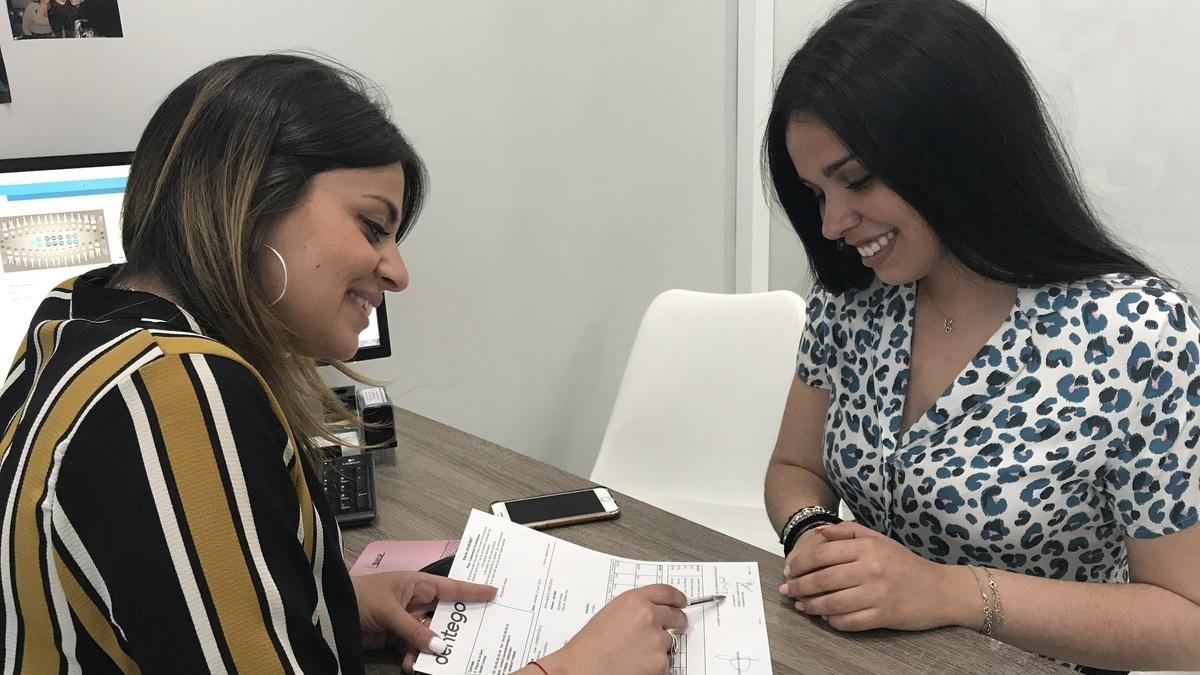 Coordinatrice et patient - Centre dentaire Cannes